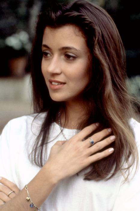 Touchmyculture 30 for 30:  Mia Sara, a promising burgah that never made it big