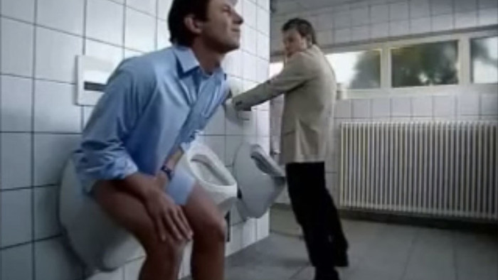 sit hold pee